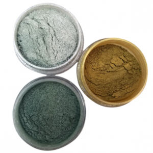 Spirulina Powder Eyeshadow Recipe